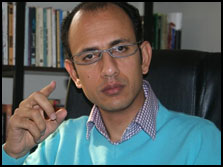 کریم الدینی کارگردان فیلم آتلام